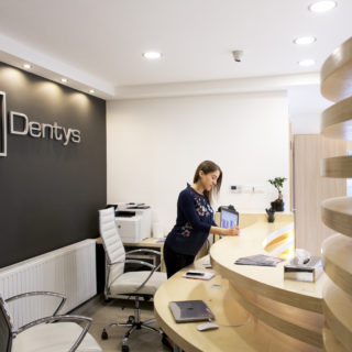Dentys Fogászat Győr, recepció